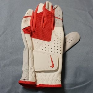 Nike golf glove size L NWOT  fits on Left Hand 😊